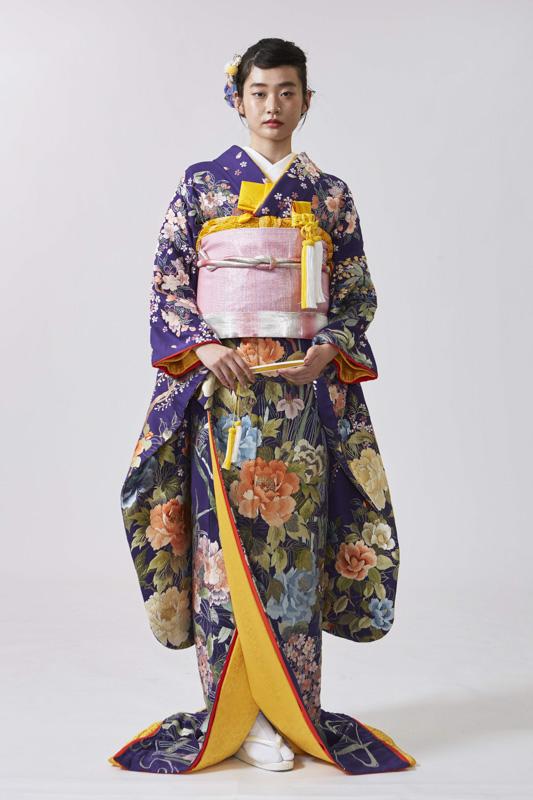 紫地総手刺繍藤の花に燕子花