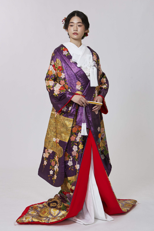 紫地総相良刺繍花車